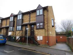 Terraced House For Sale  Luton Hertfordshire LU2