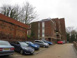 Flat For Sale Downs Road Luton Bedfordshire LU1