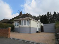 Semi - Detached Bungalow For Sale  Luton Hertfordshire LU2