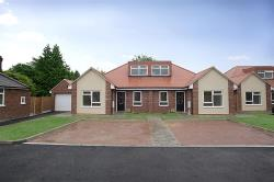 Semi - Detached Bungalow For Sale St Lukes Close Luton Bedfordshire LU4