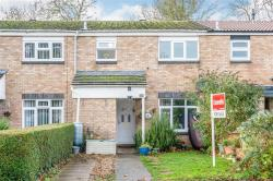Terraced House For Sale  Newport Pagnell Buckinghamshire MK16