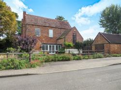Detached House For Sale Tattenhoe Milton Keynes Buckinghamshire MK4