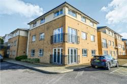 Flat For Sale St. Albans Bricket Wood Hertfordshire AL2