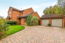 Detached House For Sale  Northampton Northamptonshire NN1