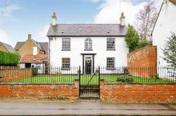 Detached House For Sale Rothersthorpe Northampton Northamptonshire NN7
