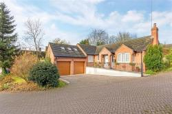 Detached Bungalow For Sale Byfield Daventry Northamptonshire NN11