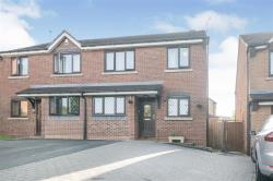 Semi Detached House For Sale Lyppard Woodgreen Worcester Worcestershire WR4
