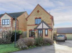 Detached House For Sale Wootton Bedford Bedfordshire MK43