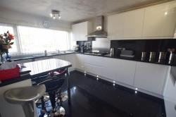 Terraced House For Sale Kempston Bedford Bedfordshire MK42