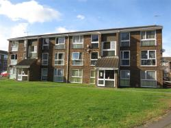 Flat For Sale The Mall Dunstable Bedfordshire LU5