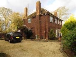 Detached House For Sale High Street South Dunstable Bedfordshire LU6