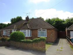 Semi - Detached Bungalow For Sale  Dunstable Bedfordshire LU6
