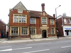 Flat For Sale 67 High Street North Dunstable Bedfordshire LU6