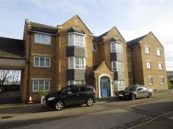 Flat For Sale Luton Road Dunstable Bedfordshire LU5