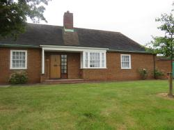 Semi - Detached Bungalow For Sale Stewartby Bedford Bedfordshire MK43