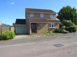 Detached House For Sale  Flitwick Bedfordshire MK45