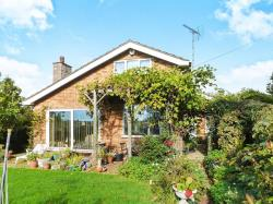 Detached Bungalow For Sale Burcott Leighton Buzzard Bedfordshire LU7