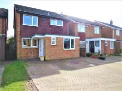 Detached House For Sale Pitstone Leighton Buzzard Bedfordshire LU7