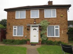 Detached House For Sale  Slough Buckinghamshire SL2