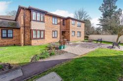 Flat For Sale Nixey Close Slough Berkshire SL1