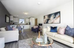 Flat For Sale Lily's Walk High Wycombe Buckinghamshire HP11