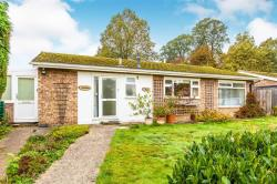Detached Bungalow For Sale St. Neots St Neots Cambridgeshire PE19