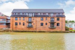 Flat For Sale Buckden St Neots Cambridgeshire PE19