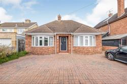 Detached Bungalow For Sale  Parkway Cambridgeshire PE19