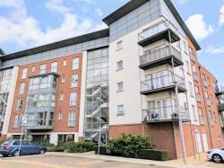 Flat For Sale 3 Avenel Way Poole Dorset BH15