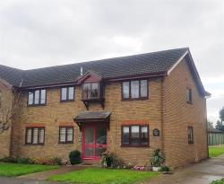 Flat For Sale Linford Stanford-Le-Hope Essex SS17