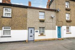 Terraced House For Sale  Billericay Essex CM12