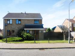 Detached House For Sale Clacton-On-Sea Clacton-on-sea Essex CO16