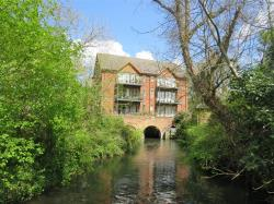 Flat For Sale Hollman Drive Romsey Hampshire SO51