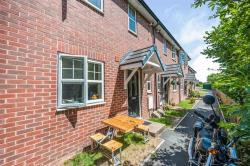 Terraced House For Sale  Hereford Herefordshire HR1
