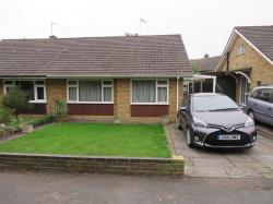Semi - Detached Bungalow For Sale Leavesden Watford Hertfordshire WD25