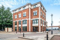 Flat For Sale Corner Hall Hemel Hempstead Hertfordshire HP3