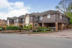 Flat For Sale  Kings Langley Hertfordshire WD4