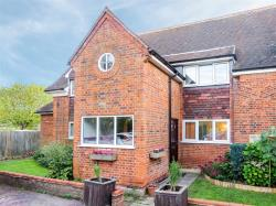 Flat For Sale Lilley Lilley Hertfordshire LU2