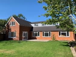 Detached House For Sale Pegsdon Hitchin Hertfordshire SG5