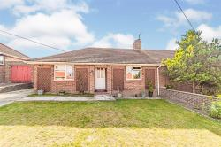 Detached Bungalow For Sale  Hitchin Hertfordshire SG4