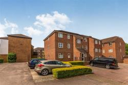 Flat For Sale  Letchworth Garden City Hertfordshire SG6