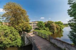 Flat For Sale Mill Link Road Kings Langley Hertfordshire WD4
