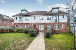 Flat For Sale Queen Marys Avenue Watford Hertfordshire WD18