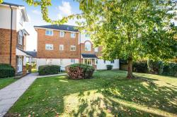 Flat For Sale Courtlands Close Watford Hertfordshire WD24