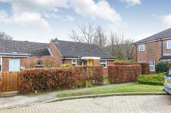 Semi - Detached Bungalow For Sale  WELWYN GARDEN CITY Hertfordshire AL7