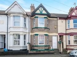 Terraced House For Sale Linden Road Gillingham Kent ME7