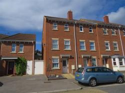 Terraced House For Sale Mark Street Chatham Kent ME4