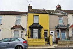 Terraced House For Sale Lincoln Road Gillingham Kent ME7