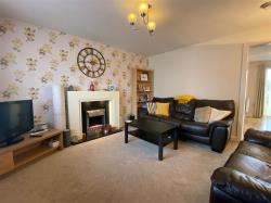 Semi Detached House For Sale Littlethorpe Leicester Leicestershire LE19