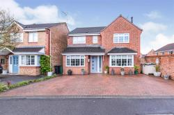 Detached House For Sale  Wigston Leicestershire LE18